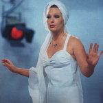 Женщина, которая поёт, 1978 год