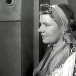 Актриса Нина Сазонова